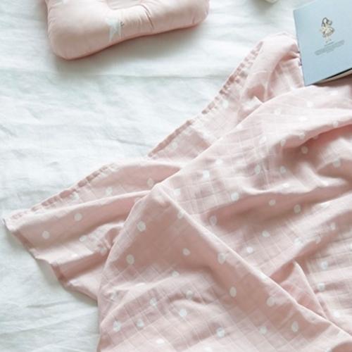 Premium Gauze Blanket - Pink Dots